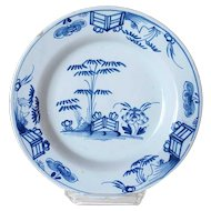 Dutch Delft Chinese Export Style Blue and White Pottery Plate