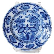 Small Dutch Delft De Klauw Blue and White Pottery Floral Plate