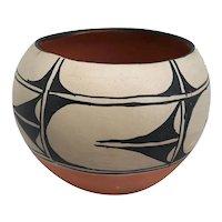Vintage Native American Santa Domingo Geometric Pottery Bowl
