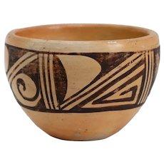 Small Vintage Native American Hopi Pottery Bowl