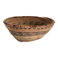 Scarce Native American Karok / Hupa Northern California Woven Hopper Basket