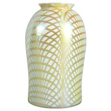 American Lustre Art Glass Gold Fishnet Pattern Lamp Shade