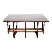 Large English William and Mary Oak Drop-Leaf Gateleg Dining Table