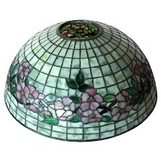 American Tiffany Studios Dogwood Pattern Leaded Glass Table Lamp Shade