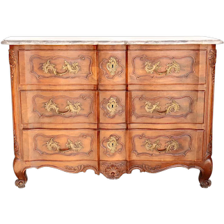 Fine French Louis XV Grey Marble Top Walnut Commode Arbalete