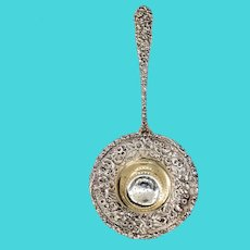American Baltimore Sterling Silver Company Repousse Over-Cup Tea Strainer