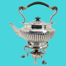 English George V Goldsmiths & Silversmiths Sterling Silver Teapot on Stand