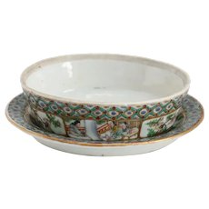 Chinese Export Famille Verte Oval Porcelain Low Bowl and Underplate