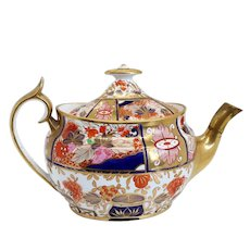 English Chamberlain Worcester Porcelain Gilt Japan 240 / Nelson Pattern Teapot