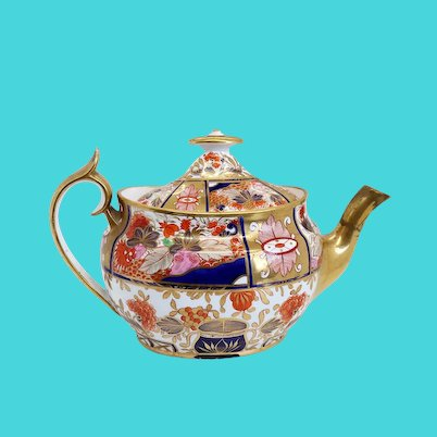 English Chamberlain Worcester Porcelain Gilt Japan 240 / Nelson Pattern Teapot