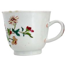 Chinese Export Enamelled Porcelain Famille Rose Floral and Fruit Teacup