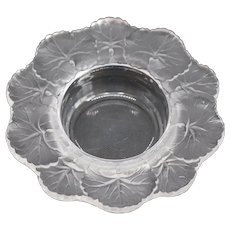 Small French Lalique Frosted and Clear Crystal Honfleur Bowl