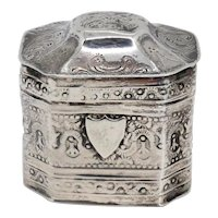 Dutch Chased .935 Sterling Silver Peppermint / Scent Box (Lodereindoosje)