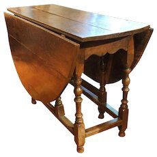 English Country Georgian Oak Gate-Leg Table