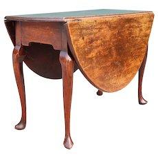 English Queen Anne Mahogany Oval Drop-Leaf Gateleg Table
