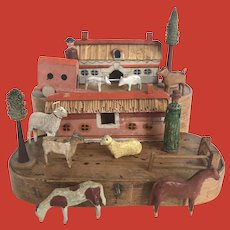 A rare 19th Century miniature wooden farm set, Erzgebirge