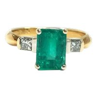 18k White & Yellow Gold Emerald & Diamond 3 Stone Ring