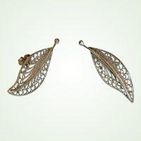 Vintage Silver Tone Filigree Pierced Earrings - Clutch & Post