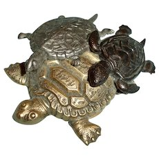 Vintage Turtle Brooch - Tri Color Turtles