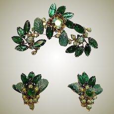 Sale - Vintage JUDY LEE Demi Parure - GREEN Rhinestone Brooch and Earrings Set