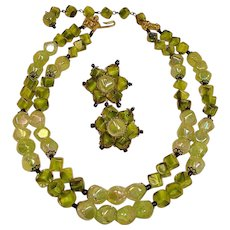 Vintage HOBE Green ART GLASS Bead Necklace and Earrings Demi Parure – Jewelry Set