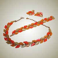 Vintage BSK Thermoset Parure - Leaf  Designed Necklace Bracelet and Earrings Set