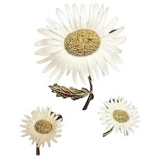 Vintage MARVELLA Signed Daisy Flower Demi Parure - Floral Brooch and Earrings Jewelry Set