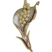 Vintage Crown TRIFARI Brooch - Faux Pearls and Silver Trifari Pin