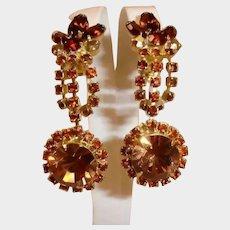 Vintage Light and Dark Topaz Color Rhinestone Dangle Drop Earrings - Clip On Earrings - Ca. 1950's