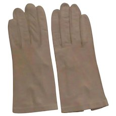 Vintage Ladies Kid Gloves - Tan Leather Gloves with Glass Pearl Button - Made in  Italy