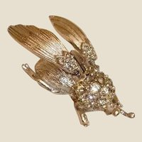 Hattie Carnegie Trembler Brooch - Movable or Mechanical Vintage BUG Brooch