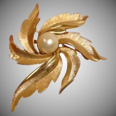Vintage Crown Trifari Brooch/ Pin Gold Tone Textured Leaf with Central Faux Pearl
