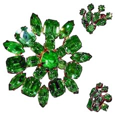Vintage Rhinestone Brooch and Earrings Demi Parure or Small Set - Vintage Green Rhinestone Jewelry Sets