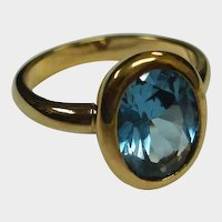 Vintage Aquamarine Color Blue Faceted Glass Gold Tone RING - SIZE 11