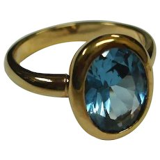 Vintage Aquamarine Blue Faceted Glass Gold Tone RING - SIZE 11