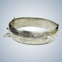 Victorian Sterling Silver Etched Floral Hinged Cuff Bangle Bracelet - 6-3/4""