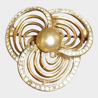 Vintage Gold Tone and Glass Pearl Rhinestone Brooch