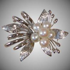 Vintage Premier Victor's of Tokyo Pearl Brooch - Pin