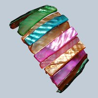 Vintage Iridescent Dyed  Mother of Pearl Shell Stretch Bracelet - Beach Bracelet