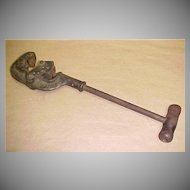 American Pipe Tool Co. - Old Metal Tool
