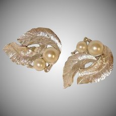 Vintage Sarah Coventry Faux Pearl Earrings -  Silvery Splendor Line of Sarah Cov