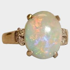 SALE*** Stunning Vintage Real Solid 18K White  Gold Australian Opal and Diamond Ring - Size 7