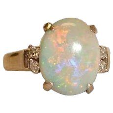 Stunning Vintage 18K White  Gold Australian Opal and Diamond Ring - Size 7