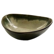 Eugene Deutch Bauhaus Art Pottery Bowl, 1950s