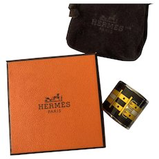 Hermès Enameled Scarf Ring in Buckle Pattern, with Hermès Suede Pouch and Box