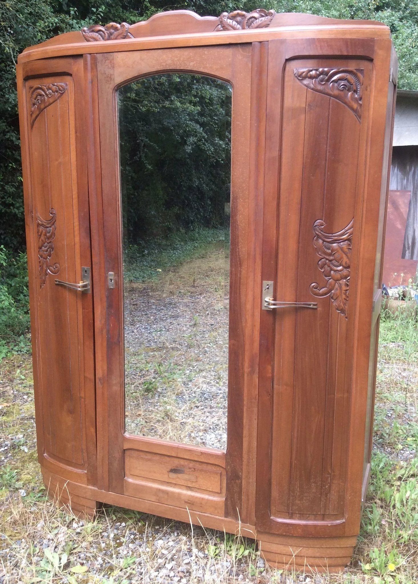 french art nouveau armoire luxury french collection ruby lane. Black Bedroom Furniture Sets. Home Design Ideas