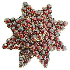 Victorian Rose Cut Bohemian Garnet 3-Tier 8-Point STAR Brooch Pin 10.9g