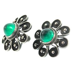 1920s Deco Sterling Hi-Dome Emerald Glass Bullet Cab Flower Screwback Earrings