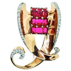 Vintage 1946 BOUCHER Deco Sterling Invisibly Set Ruby Rhinestone Fur Pin Clip Brooch