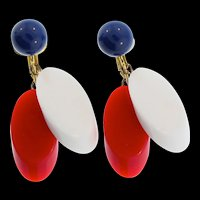 Vintage TRIFARI Patriotic Red White & Blue Lucite Dangle Clip EARRINGS